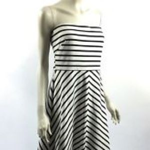 EUC The Limited Black and White strapless dress